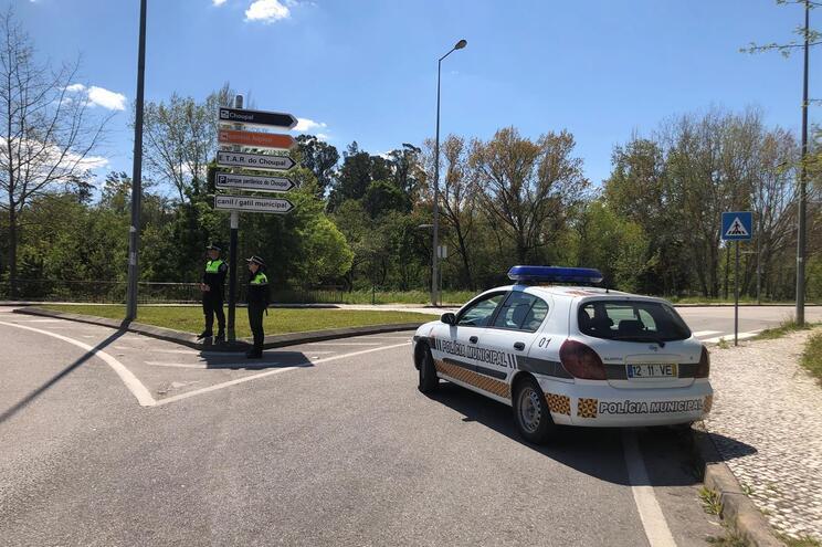 A proibição está a ser executada pela Polícia Municipal e pela PSP de Coimbra
