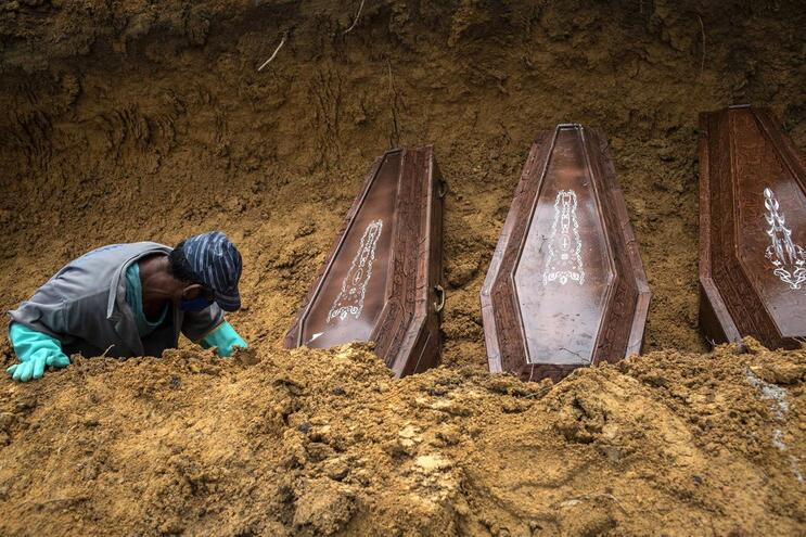 Nas últimas 24 horas, o país registou um novo recorde de mortes, com 474 óbitos e 5.385 novos casos