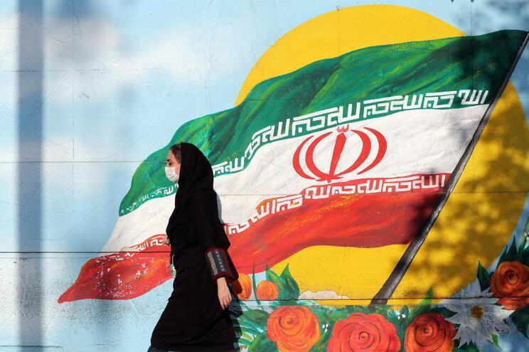 Mortes por covid-19 no Irão serão três vezes mais, diz a BBC