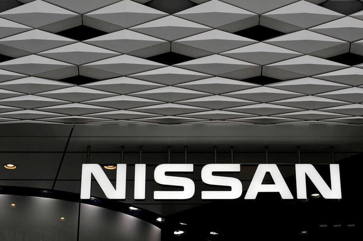 Nissan Portugal recolhe mais de 1200 veículos por problemas no airbag