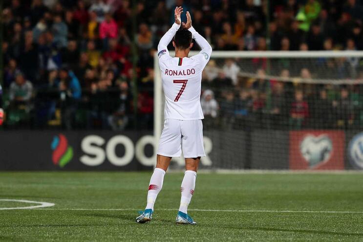 """Ronaldo recorda mulheres que lhe davam sobras: """"Quero encontrá-las"""""""