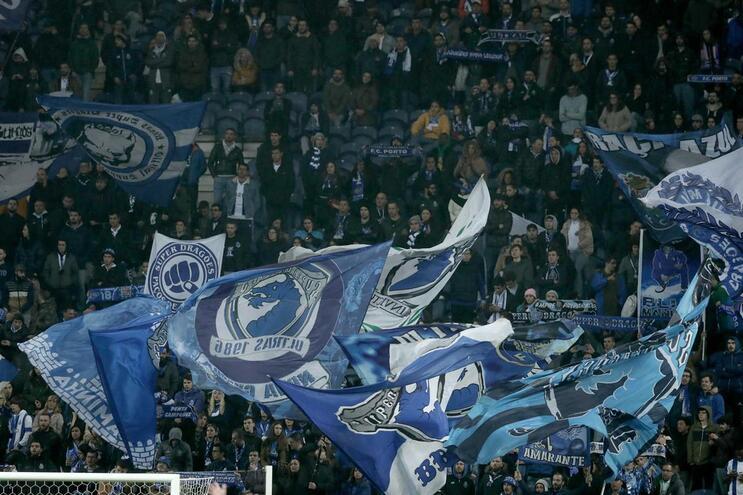 Estádio do Dragão recebe clássico entre F. C. Porto e Sporting neste sábado
