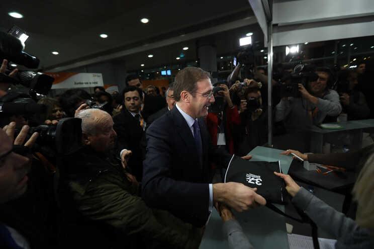 Passos Coelho à chegada do congresso do PSD