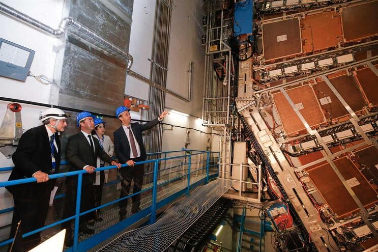 CERN tem 300 portugueses a colaborar