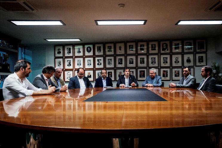 Nenhum membro do Conselho Diretivo do Sporting está na assembleia-geral