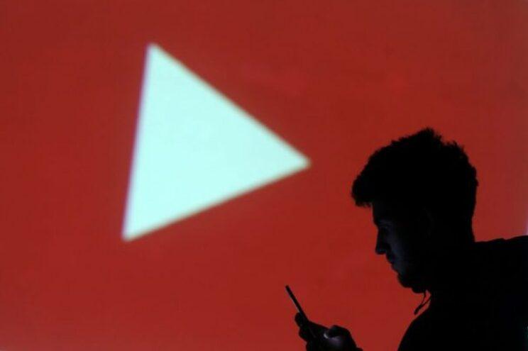 Identificado jovem que invadiu aulas online para as perturbar