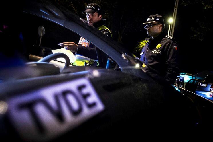 Centenas de motoristas em risco de perder licenças por corrupção