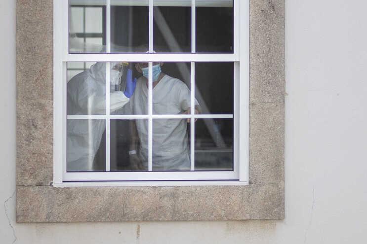 Mais 13 mortos e 257 infetados com covid-19 em Portugal