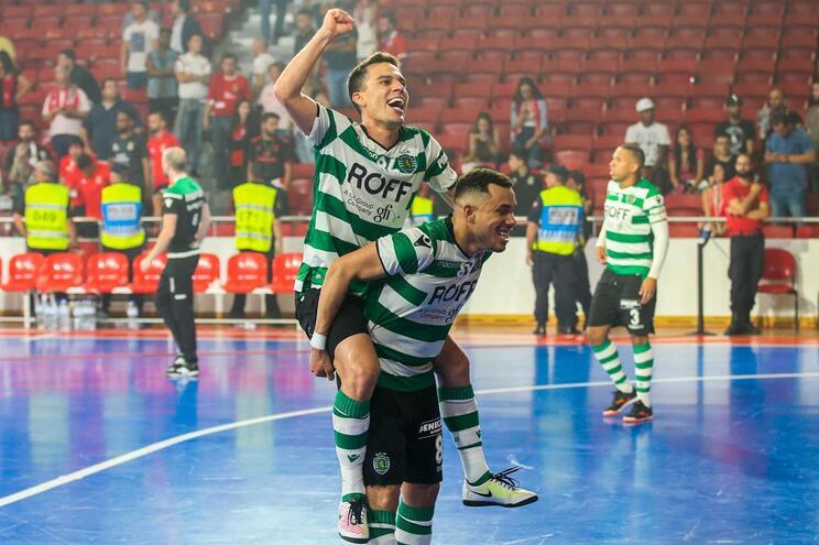 Sporting vence Benfica e é tricampeão de Futsal