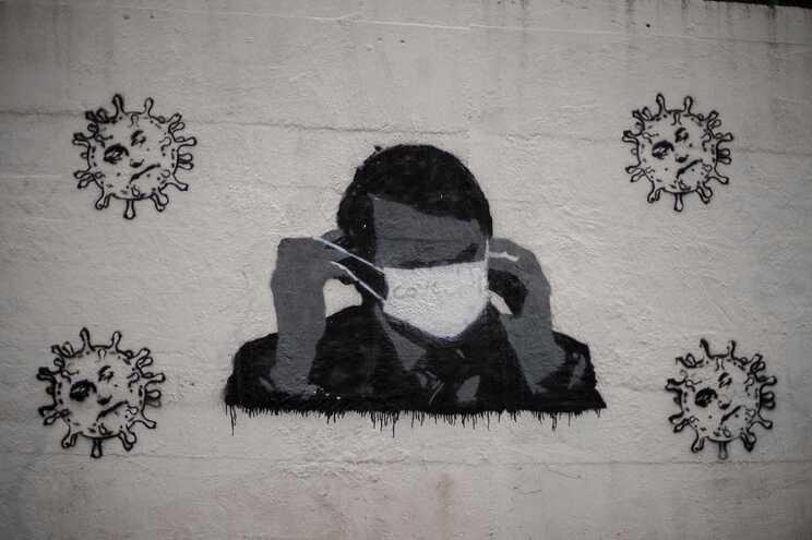 Jair Bolsonaro, presidente do Brasil, retratado num mural
