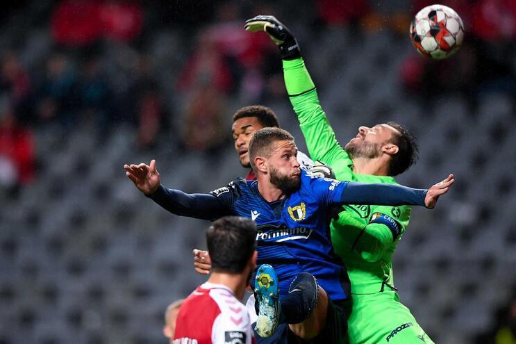 Rafael Defendi, do Famalicão, foi expulso no jogo frente ao Boavista