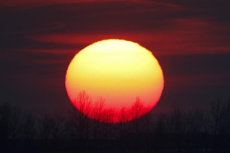 Agência Espacial Europeia vai lançar satélite para observar o Sol em detalhe