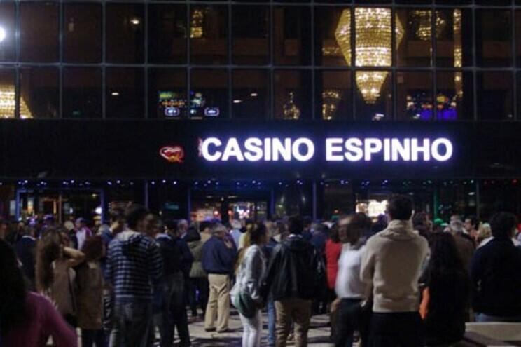 Trabalhadores do Casino de Espinho em greve no final do mês de novembro