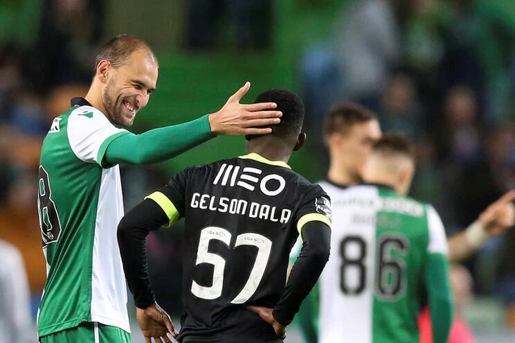 Avançado devolvido ao leão e ex-F. C. Porto assina pelo Vizela