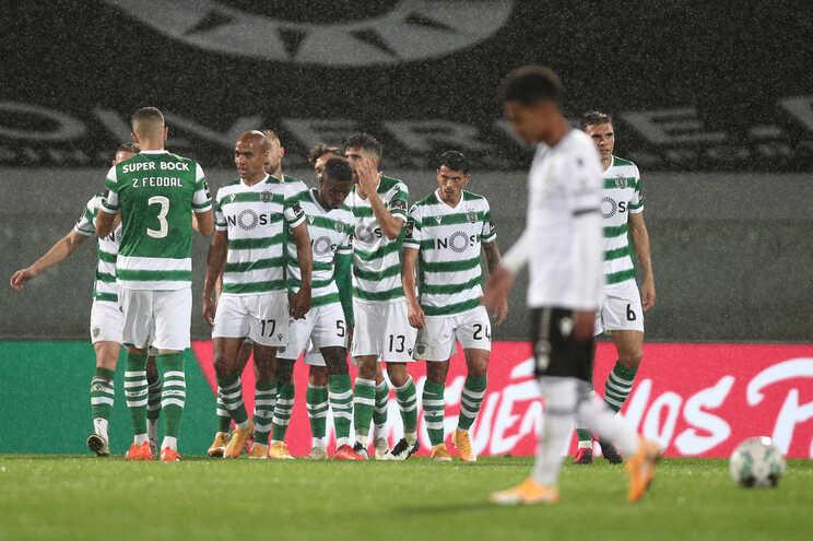 O Sporting defronta o Sacavenense esta segunda-feira