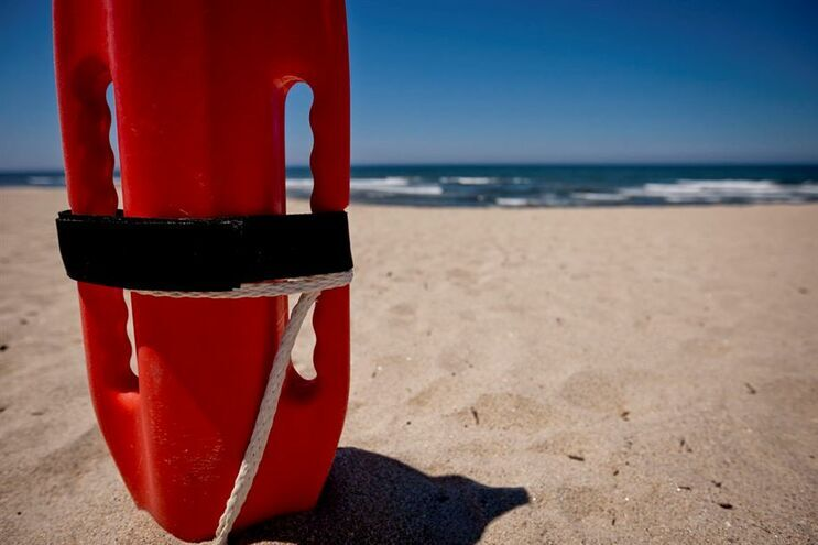 Praias marítimas vigiadas sem mortes por afogamento nesta época balnear