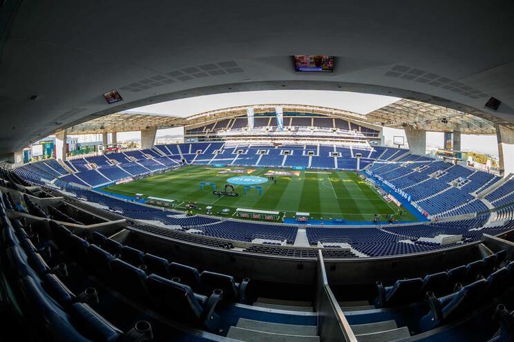 """F. C. Porto """"cumpriu parcialmente"""" metas do fair-play financeiro em 18/19"""