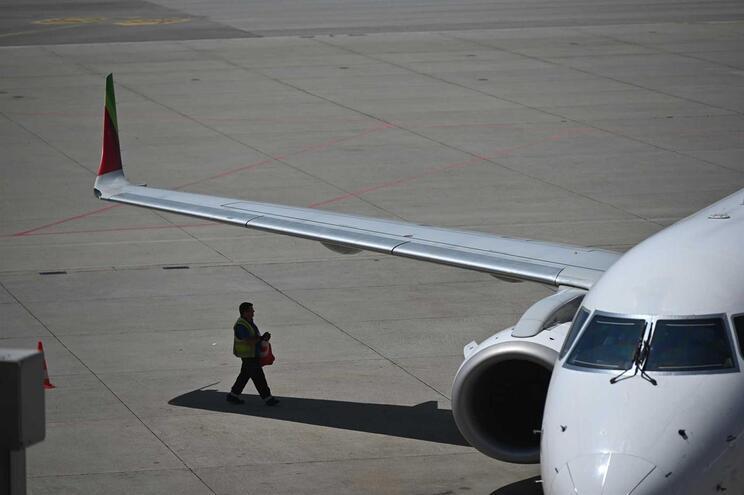 Aviões da TAP põem importações a crescer mais que exportações