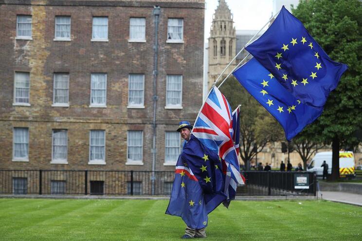 """FMI prevê que """"saída dura"""" do Reino Unido custe 1,5% do PIB da UE"""