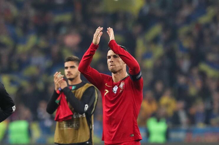 Cristiano Ronaldo orgulhoso pelo golo 700