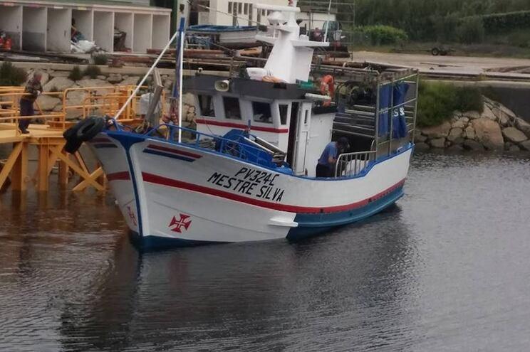 """Embarcaçao """"Mestre Silva"""" naufragou com cinco pessoas a bordo"""