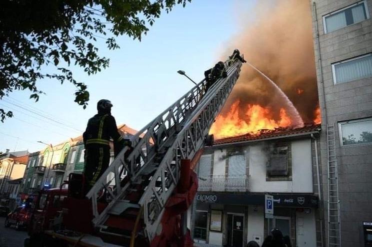 Incêndio em restaurante no centro de Viseu