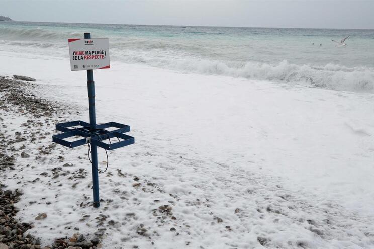 Recuperada mais de uma tonelada de droga nas praias de França desde outubro