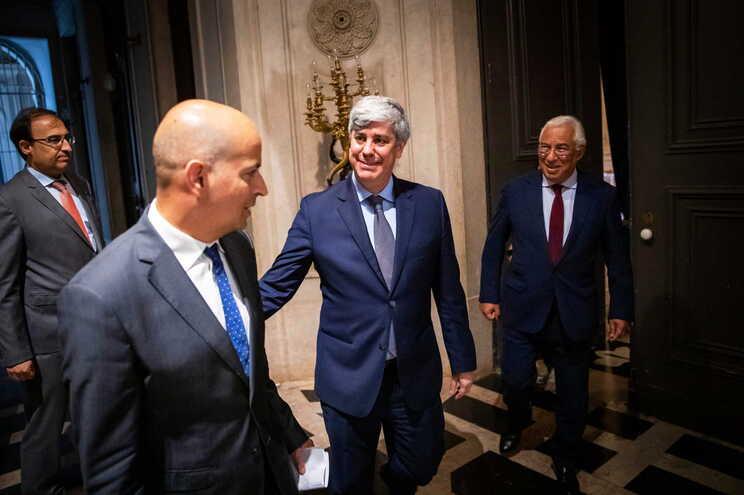 João Leão (à esquerda) vai substituir Mário Centeno (no centro) como ministro das Finanças