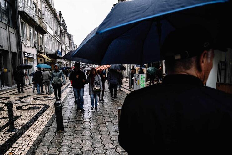 Chuva vai piorar a partir de domingo e não vai parar durante a próxima semana