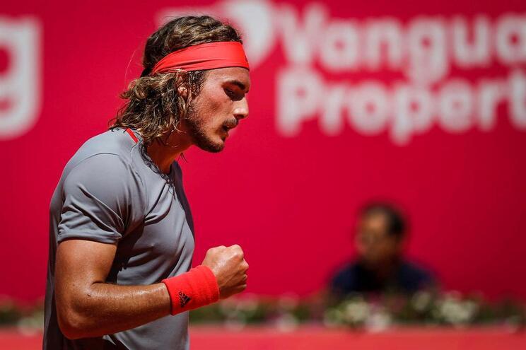 Stefanos Tsitsipas é o primeiro finalista do Estoril Open