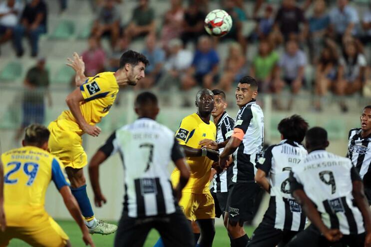 VAR admite erro no penálti do Portimonense - F. C. Porto