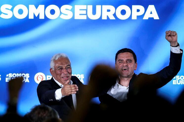 Pior resultado de sempre do PSD deu vitória folgada ao PS