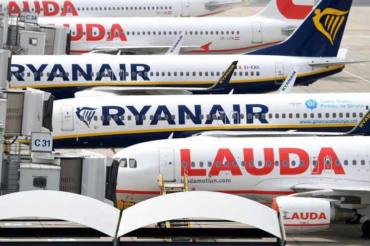 Ryanair retoma mais de 120 rotas de e para Portugal a partir de 1 de julho