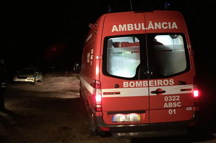 Bombeiros transportaram vítima para Beja, hospital que não tem unidade de queimados