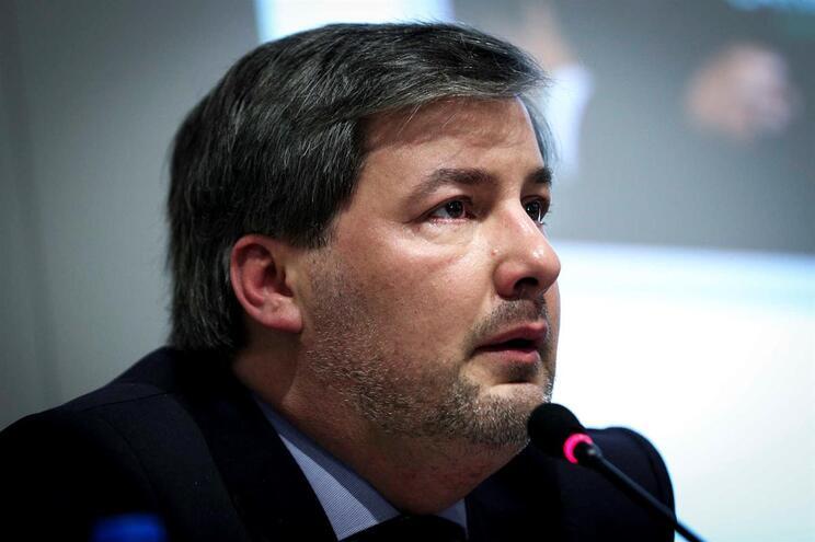 Bruno de Carvalho pode falar 15 minutos na Assembleia Geral do Sporting