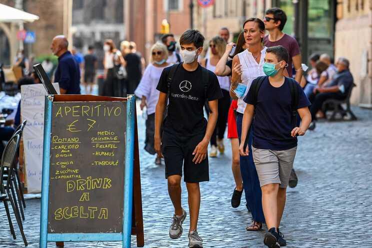 Nas últimas 24 horas morreram nove pessoas com covid-19  em Itália