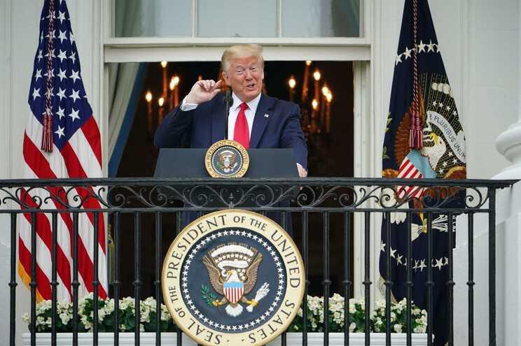 Trump quer os locais de oração abertos já este fim de semana