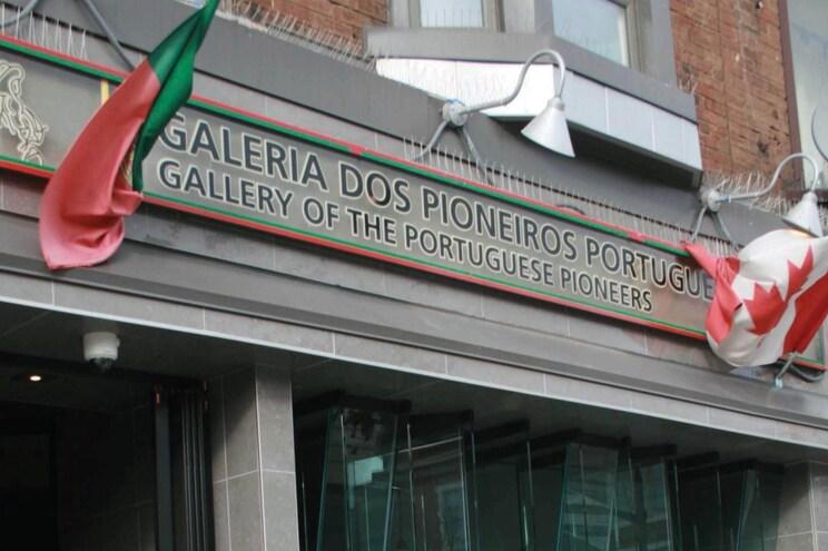 Galeria dos Pioneiros Portugueses em Toronto tem nova curadora