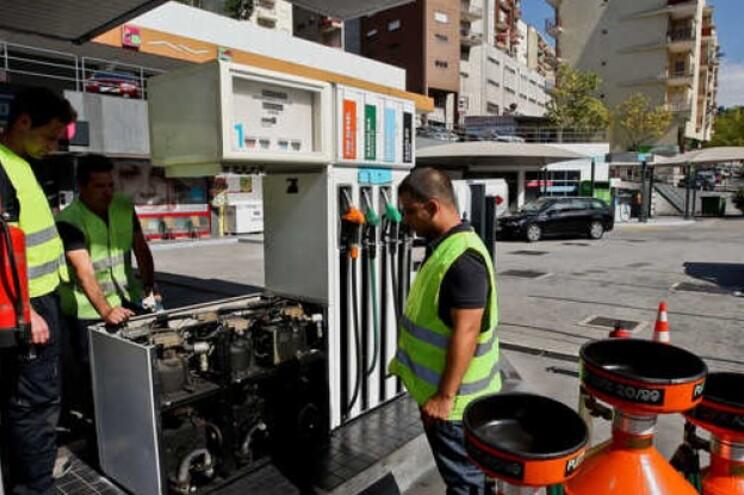 Petrolíferas confirmam corrida às bombas de gasolina