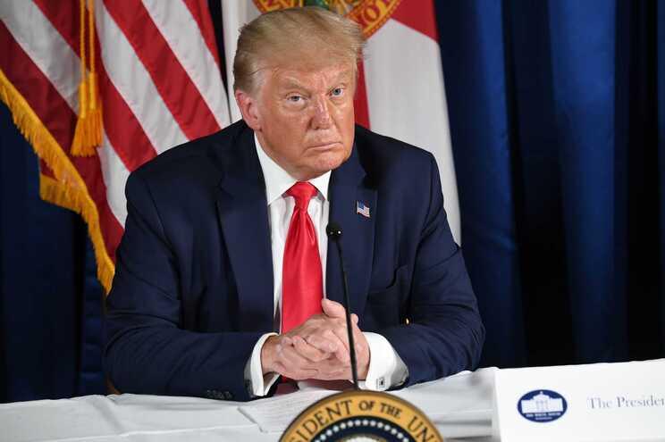 """""""Eu tenho essa autoridade. Posso fazê-lo com uma ordem executiva"""", afirmou Trump"""