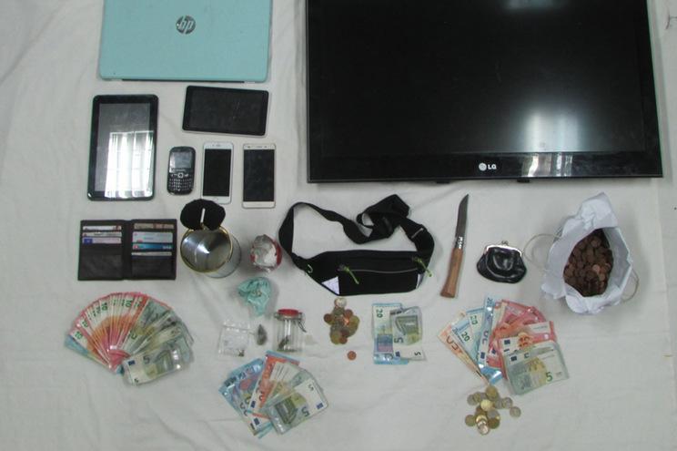 Casal e nora detidos por suspeitas de tráfico de droga