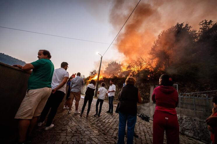 Mais de um terço dos planos contra fogos desatualizados
