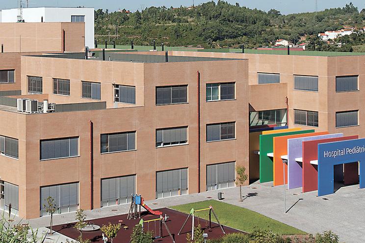 Hospital Pediátrico de Coimbra custou mais do dobro do que estava previsto