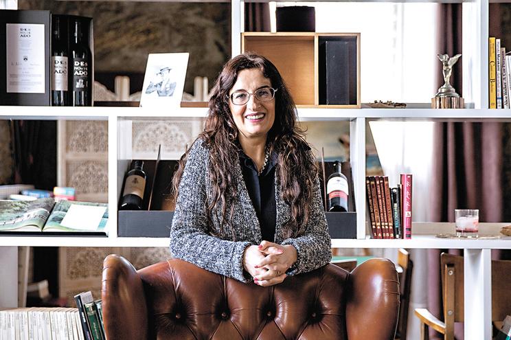 Cláudia Proença, a professora de S. João da Madeira que ajuda o sírio Amin.