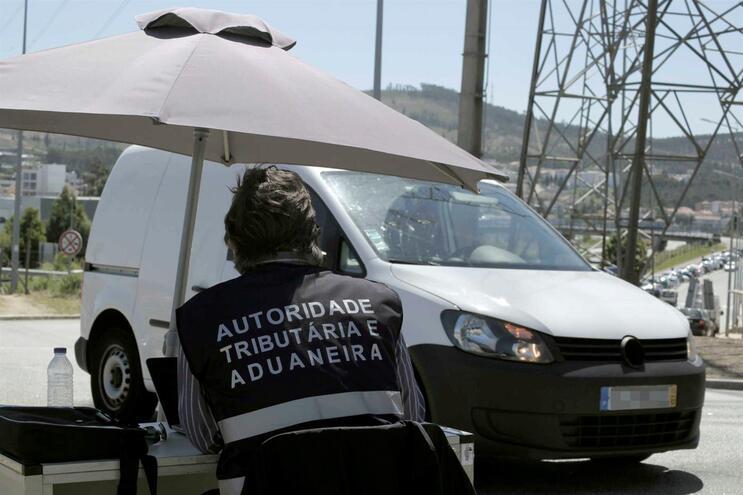 Autoridade Tributária fiscalizou 3700 oficinas automóveis a nível nacional