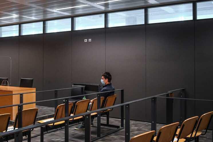 """Técnico da PLMJ deu acesso de sistema informático a Rui Pinto sem saber: """"Posso ter clicado no link"""""""