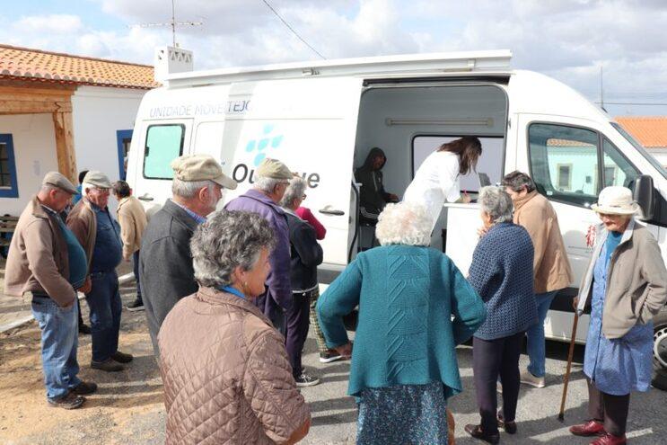 Ourique leva vacina contra a gripe aos idosos isolados do concelho