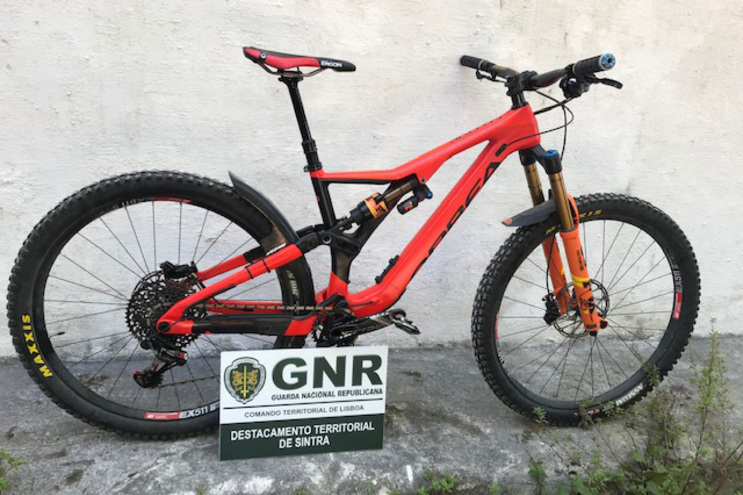Bicicleta de 6500 euros furtada em Sintra foi recuperada em Setúbal