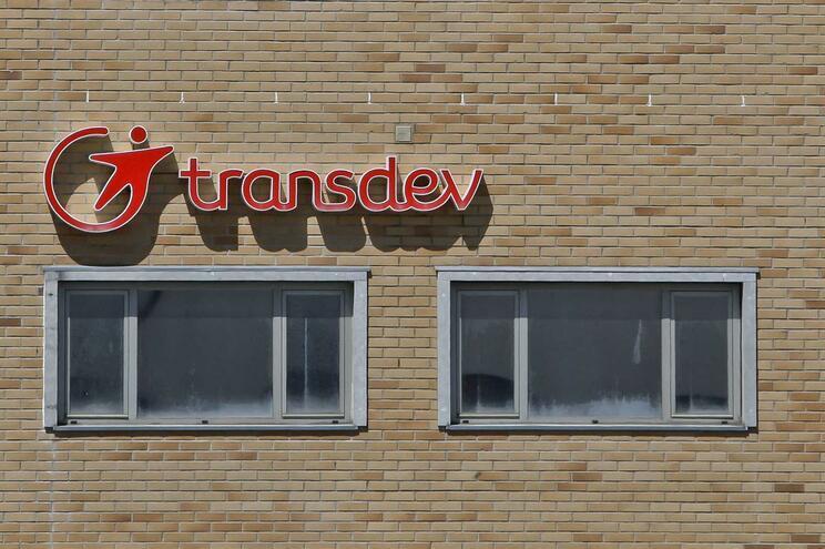 """Transdev exige pagamento dos nove milhões de euros que o Estado deve à empresa de modo a """"assegurar a"""