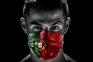 """Cristiano Ronaldo põe a máscara e associa-se à campanha """"Nunca Desistir"""""""